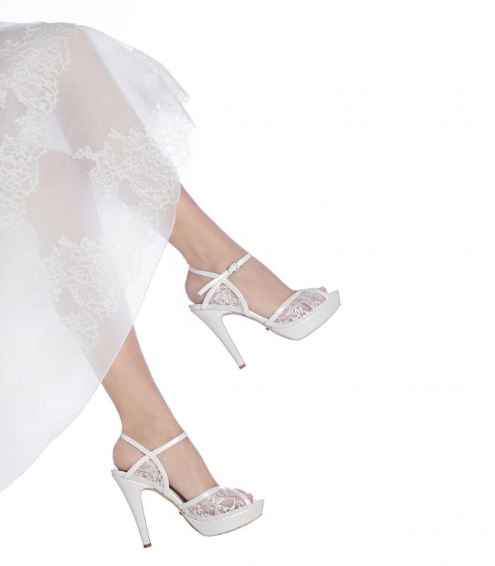 Vendita Scarpe Sposa Online.Les Manuelles Le Tue Scarpe Da Sposa Sono Online